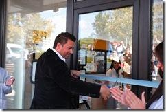 Marek Slacik, izvrsni direktor marketinga i prodaje Telenora otvara prodavnicu u Merkatoru